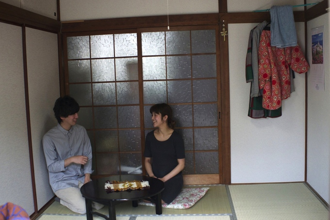 DSC003771 【突撃自宅訪問】下北沢で築50年!1K風呂なし物件に住む女性の都市型サバイバルライフ